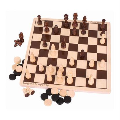 Immagine di dama e scacchi in legno