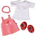 Immagine di vestiti e accessori per bambola