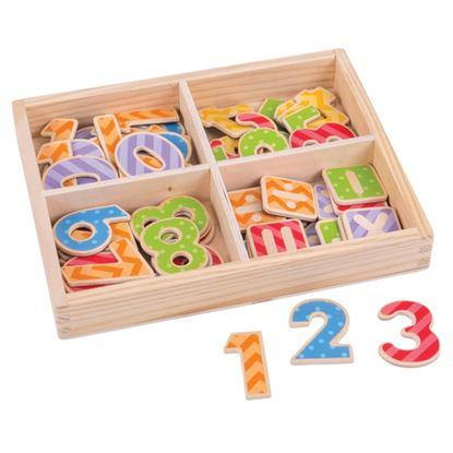 Immagine di numeri magnetici in legno