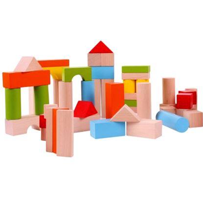Immagine di costruzioni in legno colorate