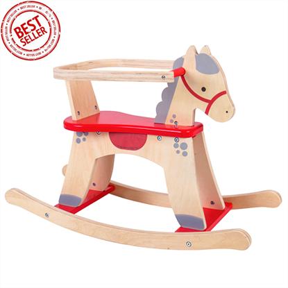 cavallo a dondolo con protezioni